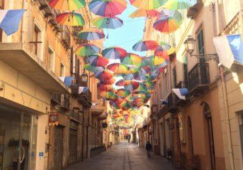 Anche quando fuori piove tiriamo fuori i nostri ombrelli colorati!